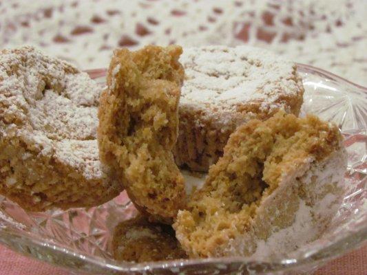 עוגיות שקדים ללא קמח - Amaretti